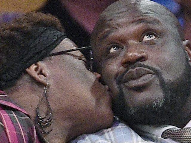 https://shaqfuradio.com/wp-content/uploads/2019/06/Shaq-and-mom-from-Today-Show-interview-640x480.jpg