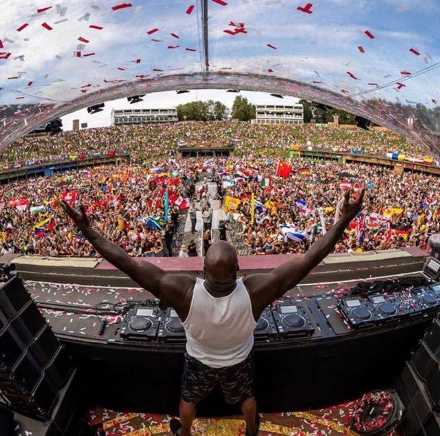 https://shaqfuradio.com/wp-content/uploads/2019/08/Shaq-DJ-Diesel-Tomorrowland-Belgium-2019-640x633.jpg