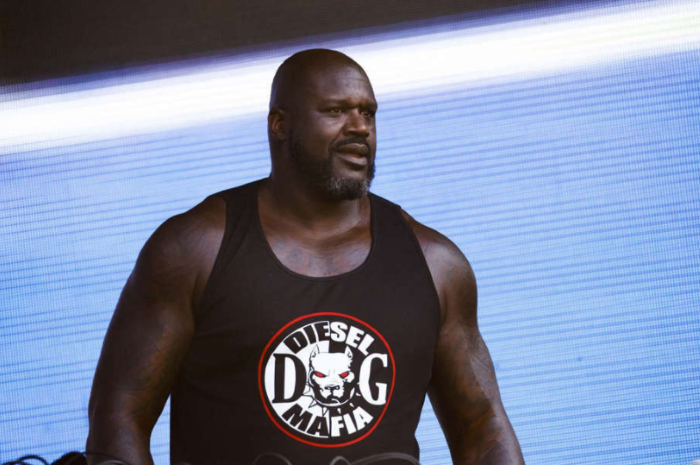 © Armando L. Sanchez/Chicago Tribune/TNS Shaquille O'Neal performs as DJ Diesel during the final day of the 2019 Lollapalooza music festival at Chicago's Grant Park.